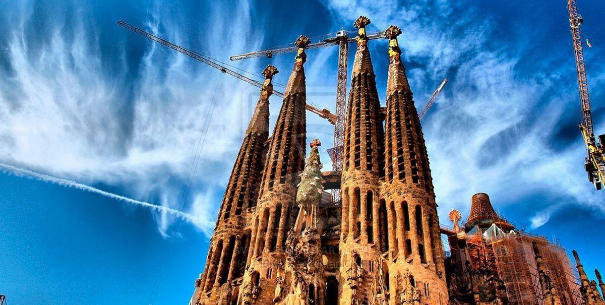 Собор La Sagrada Familia - (Барселона, Испания)