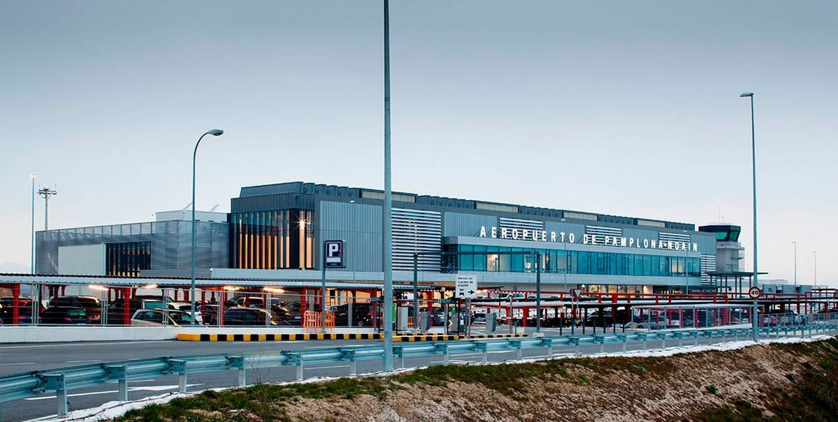 Аэропорт в городе Памплона - (Испания)