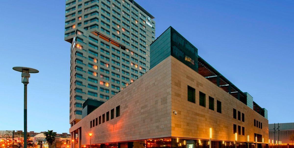 Отель Hilton - (Барселона, Испания)